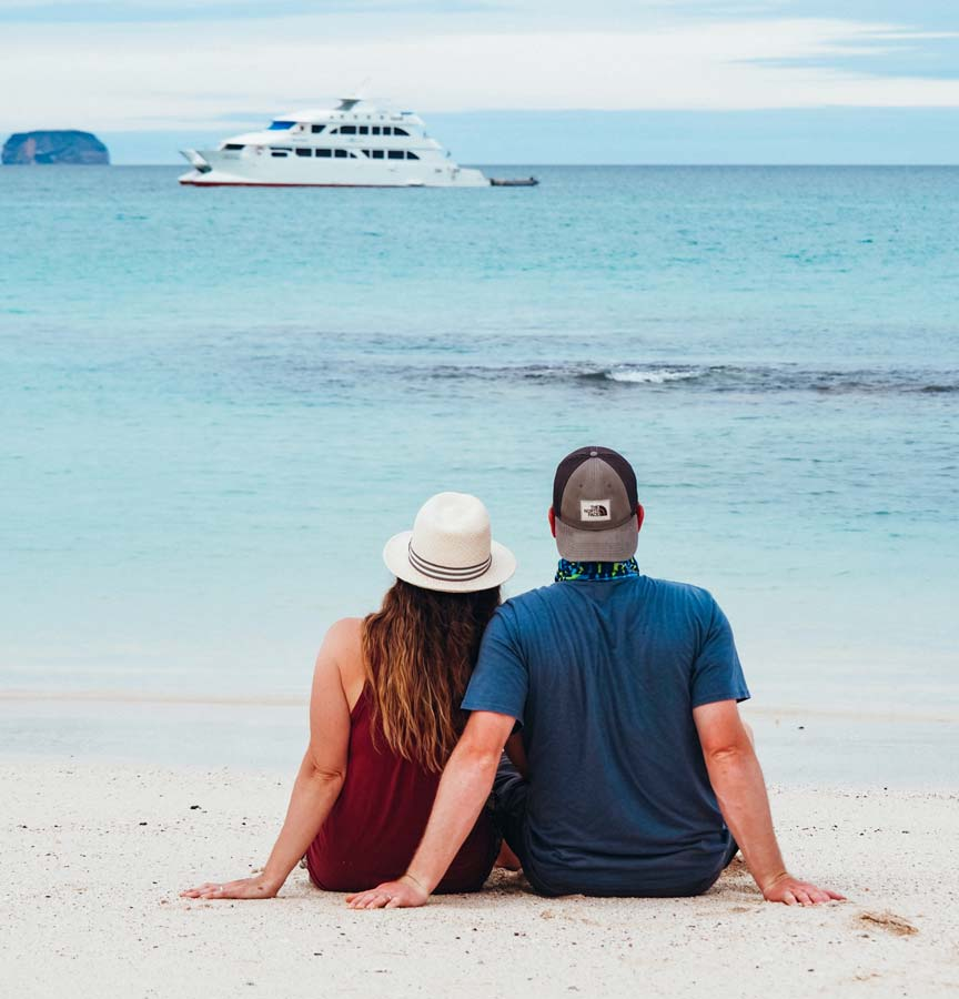 Live a true experience aboard our cruises, Galapagos Islands